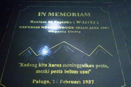 Tugu In Memoriam